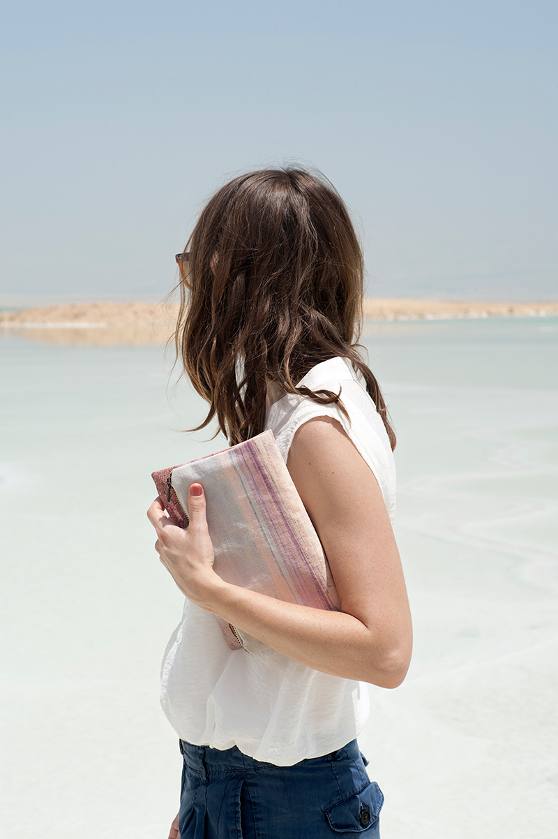 Lee-Coren-Dead-Sea-Clutch-(photo-AyaWind)-01
